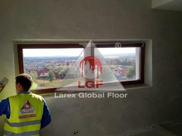 Larex Global Floor - Sistem finisaj decorativ perete baie microciment