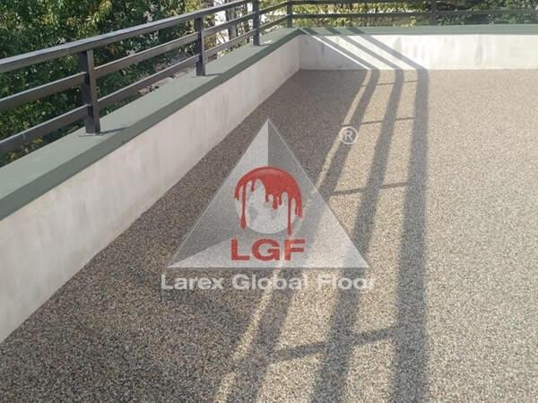 Larex Global Floor - Pardoseala drenanta terasa bloc rezidential la gata